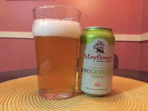 Mayflower Evolupulin poured into a nonic imperial pint glass